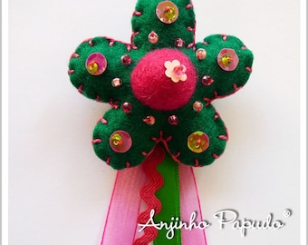 Dark Green and Pink Flower Brooch