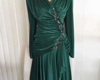 Sale Gorgeous Vintage 70's does 40's Forest Green Evening Gown with Gathers and Sash -- Holiday Dress