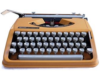 Retro Yellow Olivetti Lettera 82 Typewriter, Slim Portable Manual typewriter, Working Condition