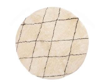 Khadija: Round Beni Ourain, Round Carpet, Diamond Pattern, Sheep Wool Rugs, White