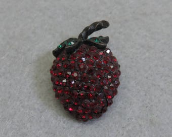 1960s WEISS Rhinestone Strawberry Pin, Black Japanned Metal Setting,
