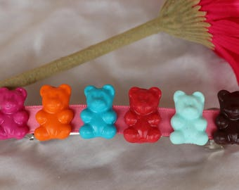 Strip bears in colors of polymer clay with Ribbon pink