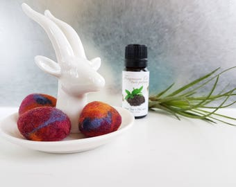 NEW Fragrance DIFFUSER, Felted pebbles. Essential Oil diffuser. Original gift, Aromatherapy Diffuser, Wool nuggets, Decorative felted stones