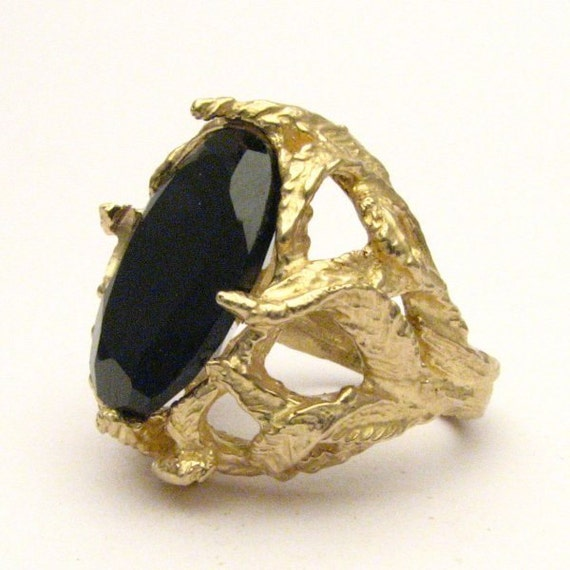Handmade 14kt Gold Black Spinel Claw Ring