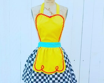 Apron, Retro apron, 50s DINER apron, yellow with black and white Checkerboard, Womens apron, Who framed Roger Rabbit apron, taxi cab apron