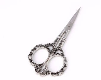 Vintage Style Sewing Scissors