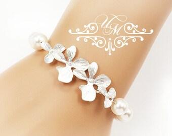 Wedding Jewelry Single Strand Swarovksi Pearl Bracelet Bridal Bracelet Bridesmaids Bracelet Orchid flower Bracelet