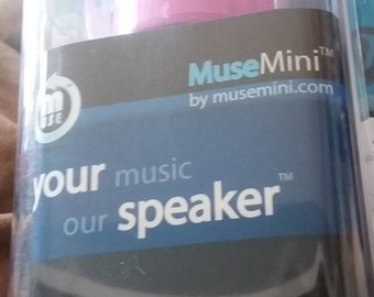 New MUSEmini Portable Speaker (w/carrying case) for Iphone, Android, laptop, ipad, mp3