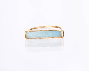 Raw Aquamarine Ring for Women, Statement Ring, Engagement Ring, Gold Ring, March Birthstone Ring, Raw Crystal Ring, Boho Ring, Gemstone Ring
