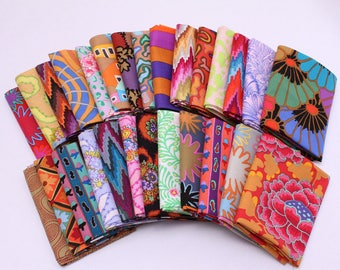 10 Fat Quarters - Kaffe Fasset Collections Floral Flowers Botanical Leaves Geometric Assorted Quality Quilters Cotton Fabric Bundle M222.09