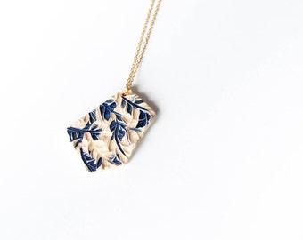 Intricate GEOMETRIC MODERN ceramic NECKLACE, Ceramic jewellery, Geometric pendant, Statement jewellery, Christmas gift for her, Delft blue