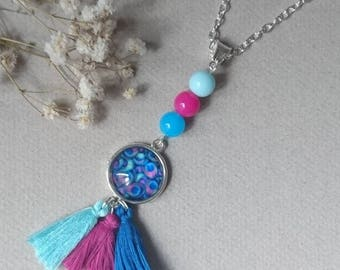 Fantasy cabochon necklace, beads and pink and blue tassels