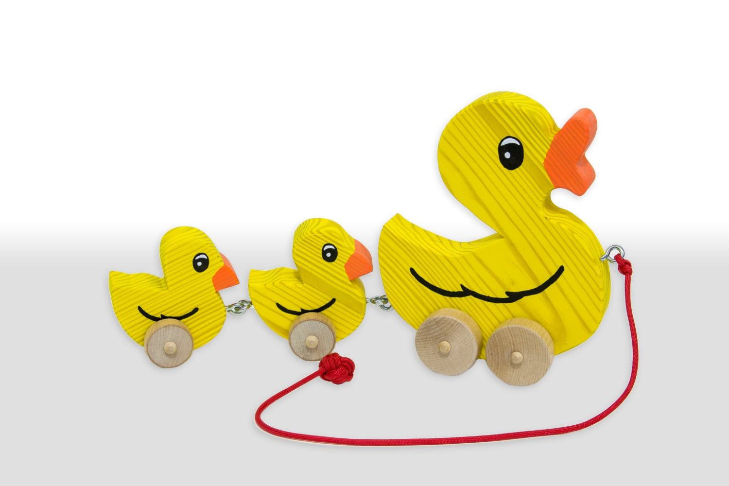 Pull Along Wooden Duck Toy with Ducklings Flat Wheels