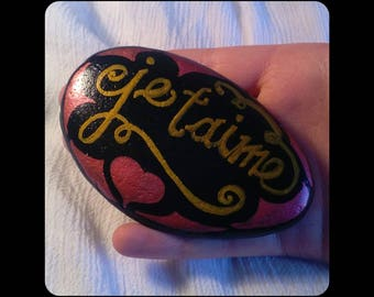 Je taime,   I LOVE YOU .  lovers valentines stone.