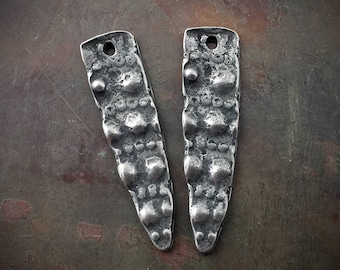 Dotted Dagger Charms Handcast Pewter Elements for Jewelry No. 438CD