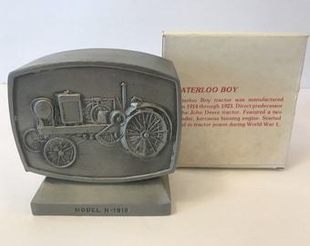 Vtg JOHN DEERE Bank Model N 1916 Employees Credit Union 1980 2nd Edition w/ Box