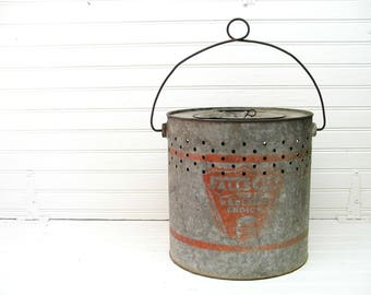 Vintage Minnow Bucket - Falls City - Older Model - Rustic Cabin Decor - Great For That Fishing Collector or the Cabin - Restaurant Decor