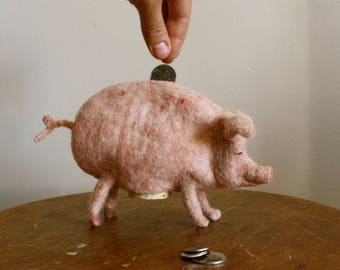Needle Felted Piggy Bank // Felted Pig