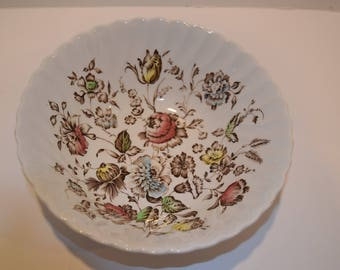 """Vintage 1960's Johnson Brothers """"Staffordshire Bouquet"""" 8"""" Circular Serving Bowl."""