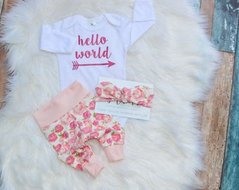Hello world newborn outfit, newborn outfit, newborn girl coming home outfit, take home outfit girl, baby girl, take home outfit, hello world