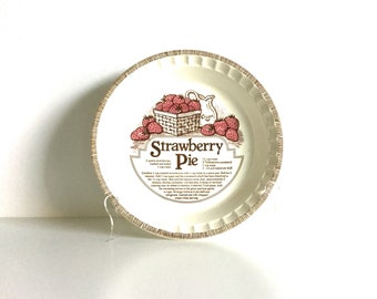 Strawberry Pie ceramic recipe pie plate Country Harvest by Royal China Co.