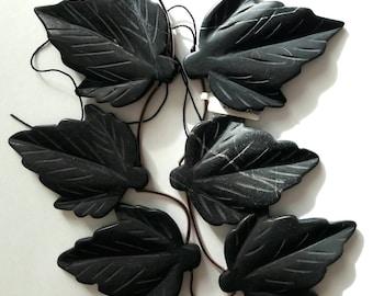 Five leaf shape Onyx stones