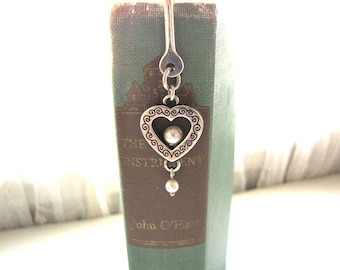 Vintage Brighton Bookmark Heart and Pearls Silver Bookmark from AllieEtCie