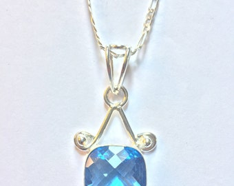 Beautiful Faceted Sapphire Glass Pendant Necklace