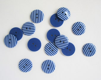 20 cute small 11/16 inch / 18mm blue and white stripey round buttons