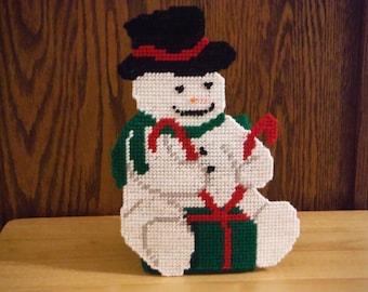 Plastic Canvas Tissue Box Cover Snowman // Plastic Canvas Snowman // Snowman Tissue Holder // Holiday Decor // Christmas Decor//  Home Decor
