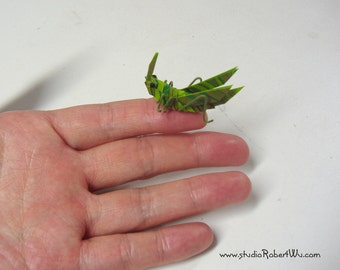 Miniature Marbled Paper ORIGAMI Ribbon Cricket  / Grasshopper !