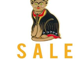 Sale Frida Cat Enamel Pin