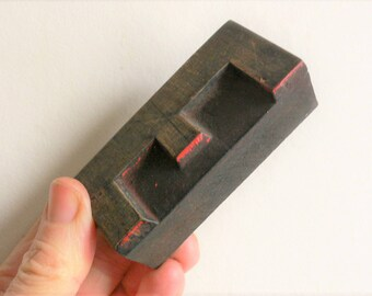 "Letterpress Wood Type D - 3"" Tall 7.5 cm/ Antique Letterpress Wood Printer's Block HAND CARVED red paint"