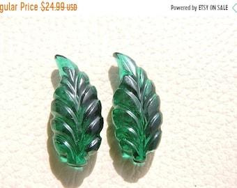 25% OFF Summer Sale 2 Pcs Matched Pair Super Quality Chrome Green Quartz Hand Carved Leaf Briolette Size 26X11 MM