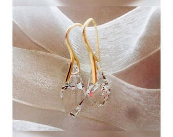 Ava Droplet Earrings