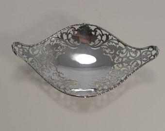 Pretty Antique English Sterling Silver Basket / Dish - 1908