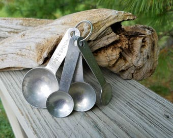 Round Aluminum Nesting Measuring Spoons Vintage Kitchen