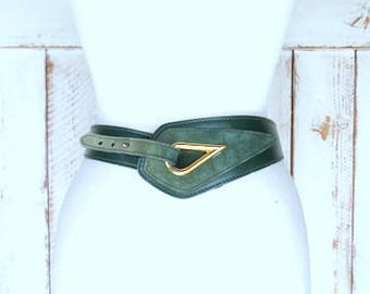 Vintage Calderon green suede/leather wide hook belt/small