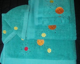Reproduction Mid Century Atomic Franciscan Starburst Design Hand Towel