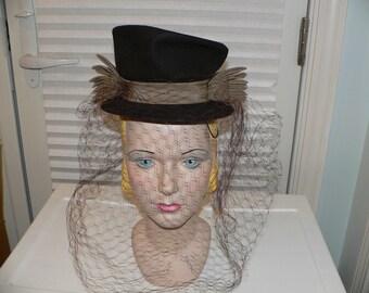 1940s Brown Felt Hat with Tan Ribbon Trim