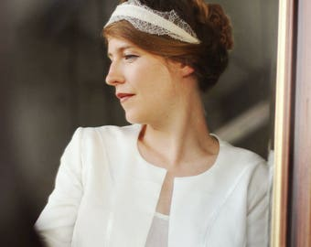 Wedding lace, retro-inspired headband