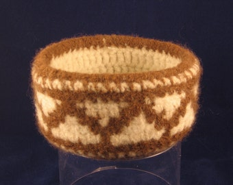 Native American Inspired Zigzag crocheted basket