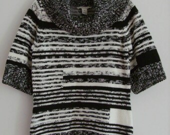 Sale: White Black House Market Sweater, Size M