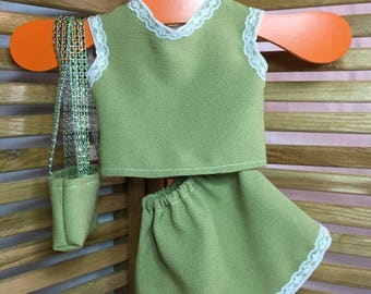 "Clothing for 18"" Dolls - Green short skirt, top & Purse"