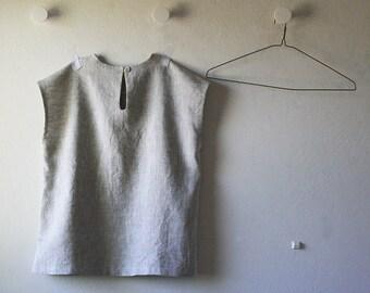 LINEN TOP with pearl button / linen t shirt / women / linen clothing / spring / summer / linen / natural / made in australia by amelatang