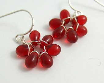 Earrings with Tiny Red Glass Teardrop Flowers FE-28
