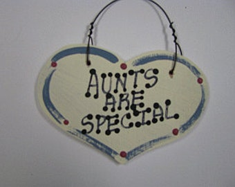 Wood Grandmother Small Heart 1023  Aunts Are Special