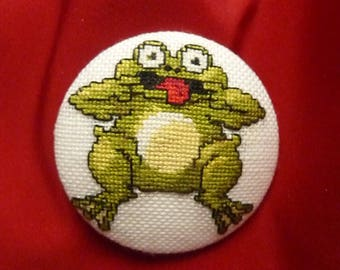 laughing frog embroidery button * 5 cm * handmade