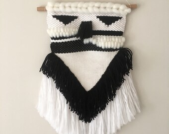 Wall weaving wool black and white
