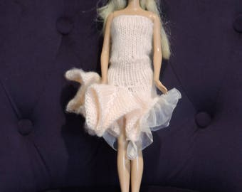 Strapless ruffled salmon color for Barbie